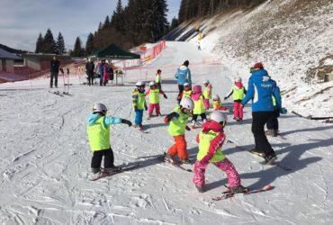 INIZIATI CORSI AZIENDALI ASILO, ADULTI E SNOWBOARD